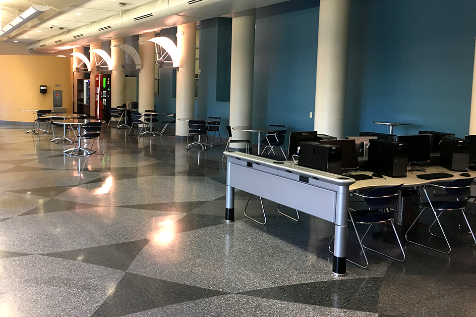 Photo of computers in the 24 Hour Lounge
