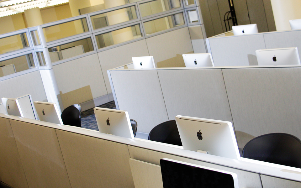 photo of mac computer lab