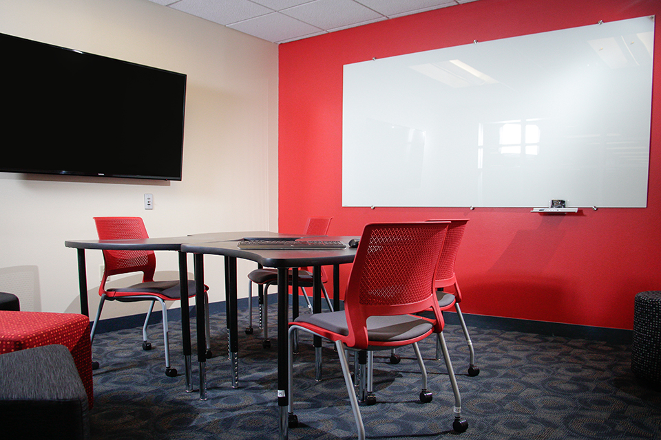 photo of newly renovated group study room