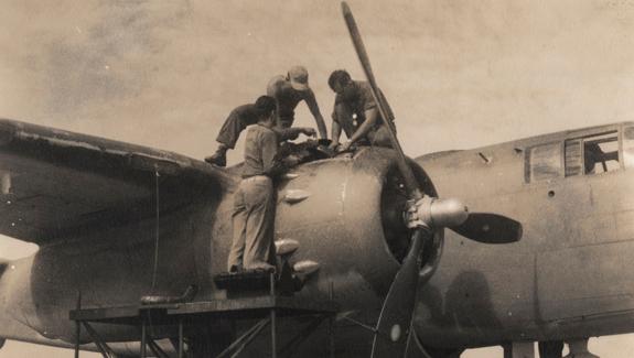 U.S. Marines aircraft mechanics