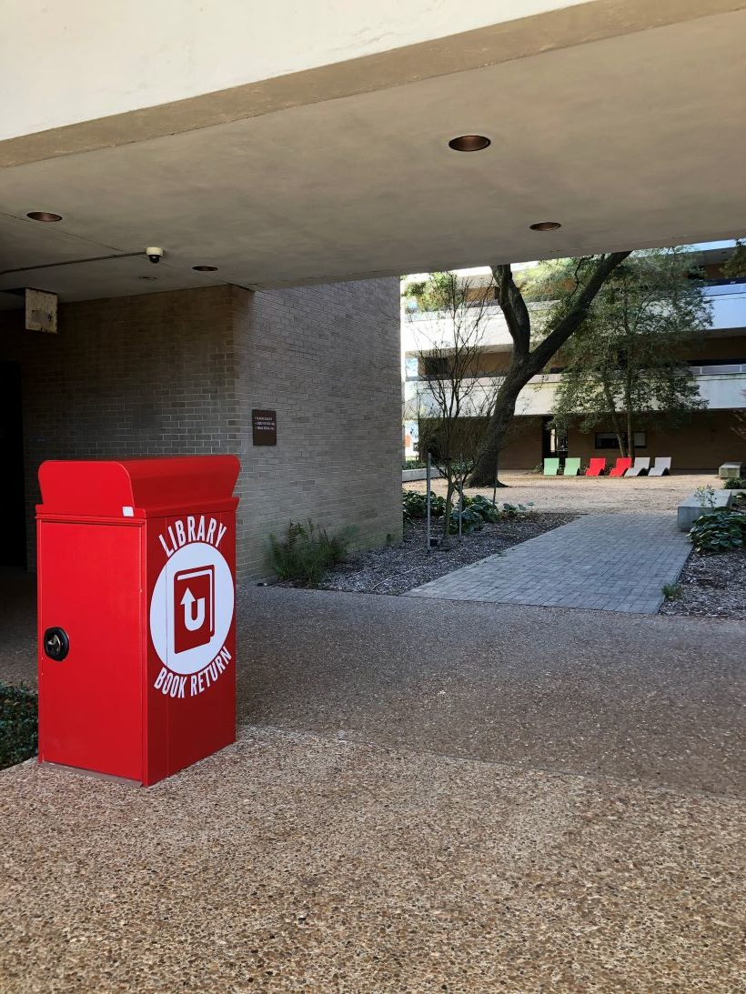 A new book drop is located at the UH School of Art.