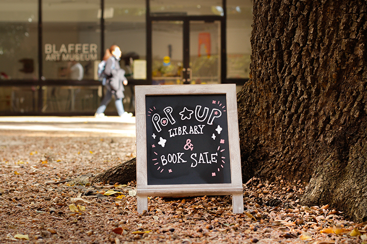 Visit upcoming pop-up libraries on campus.